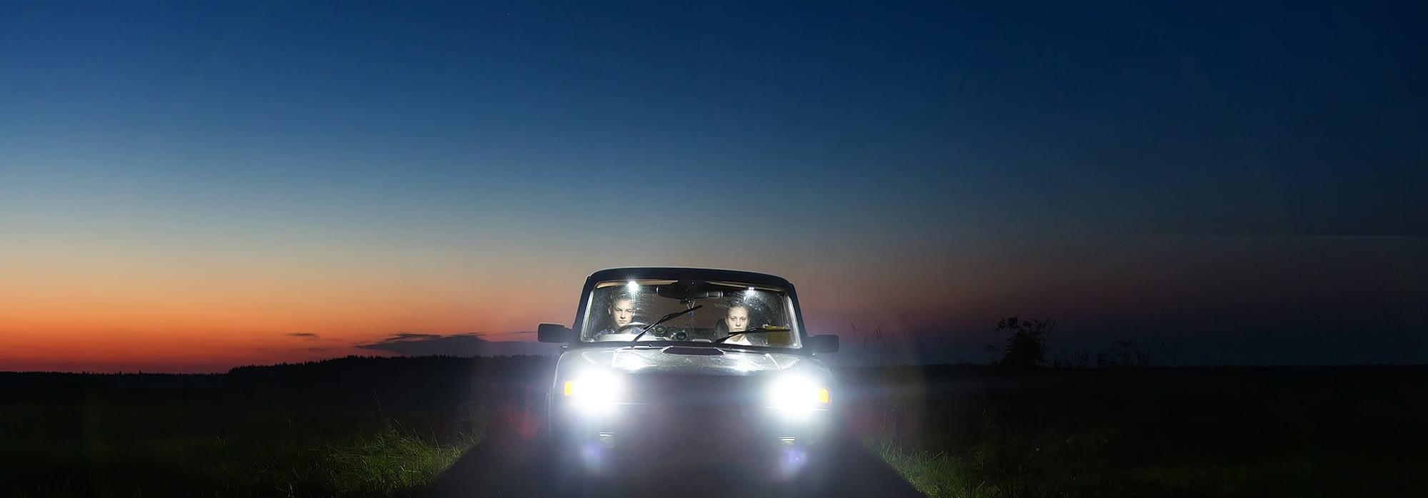 Obligatorisk mørkekjøring hos våre trafikkskoler Bærum
